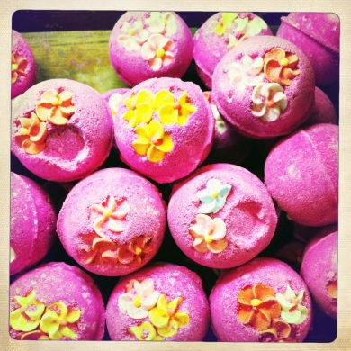 Would these bath bombs make incredible wedding favors?